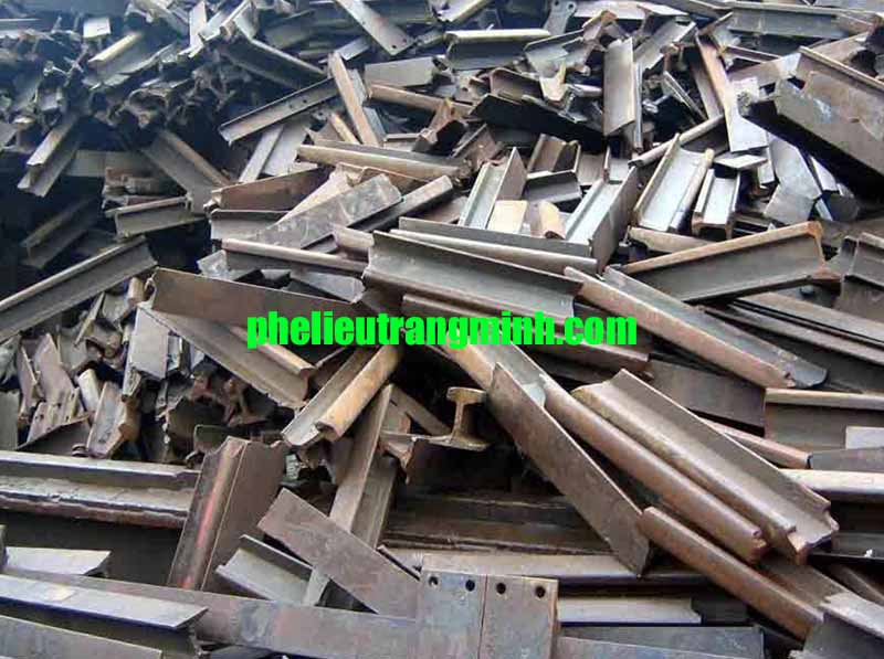 Các cơ sở thu mua phế liệu sắt thép ra đời
